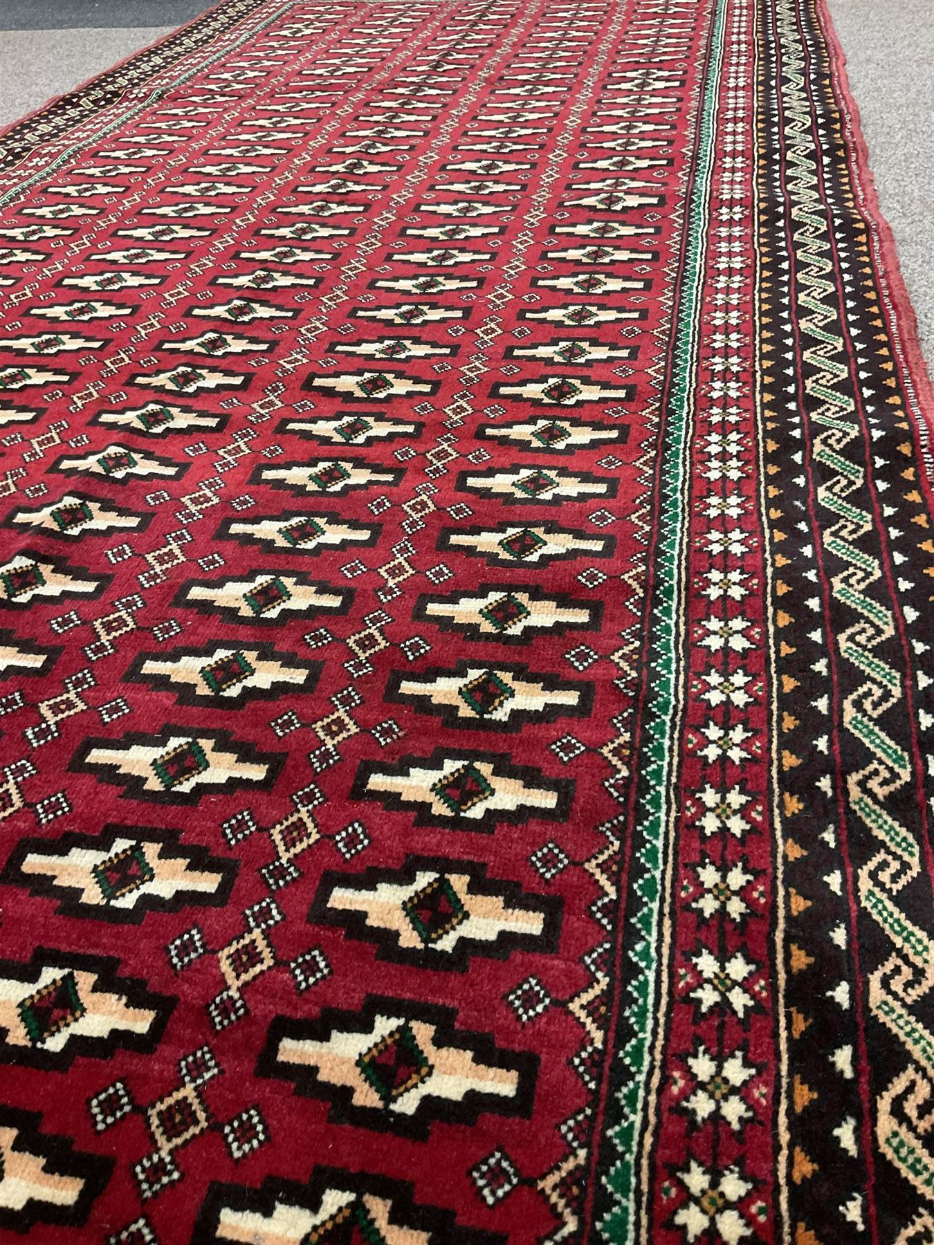 Persian red ground rug - Image 2 of 3