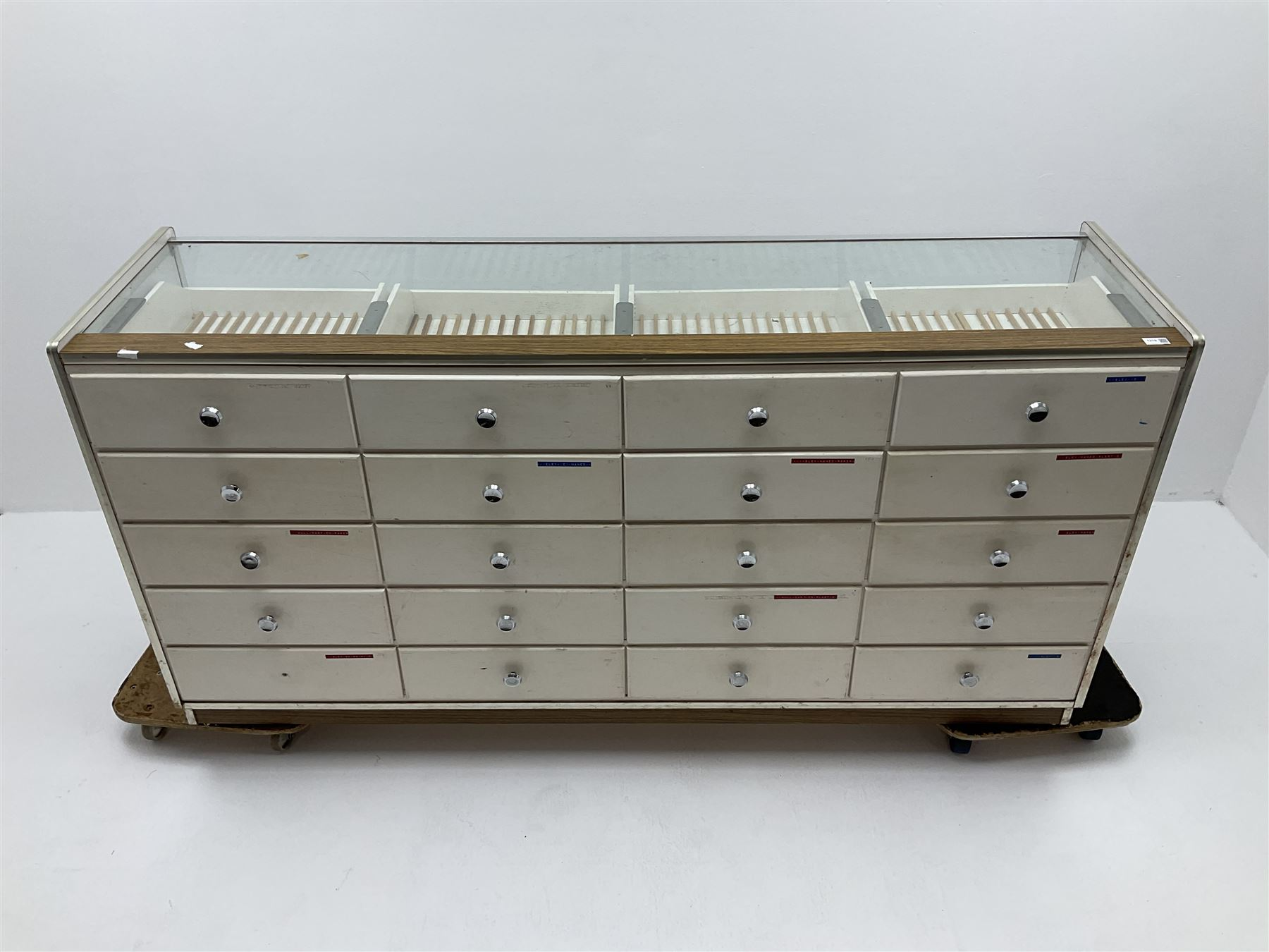 Mid 20th century vintage haberdashery shop display/serving counter - Image 3 of 4