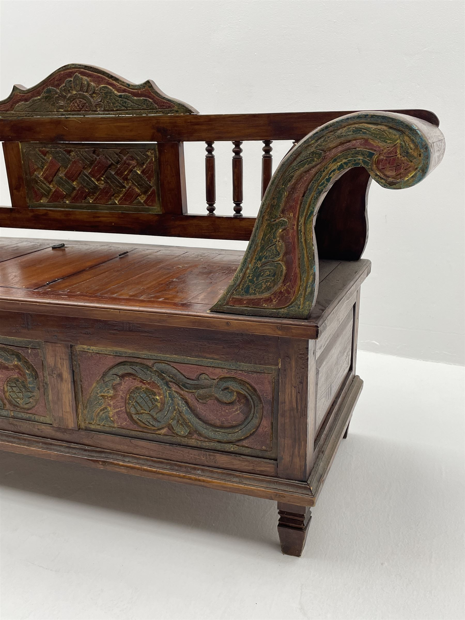 Eastern style carved hardwood bench - Image 3 of 3