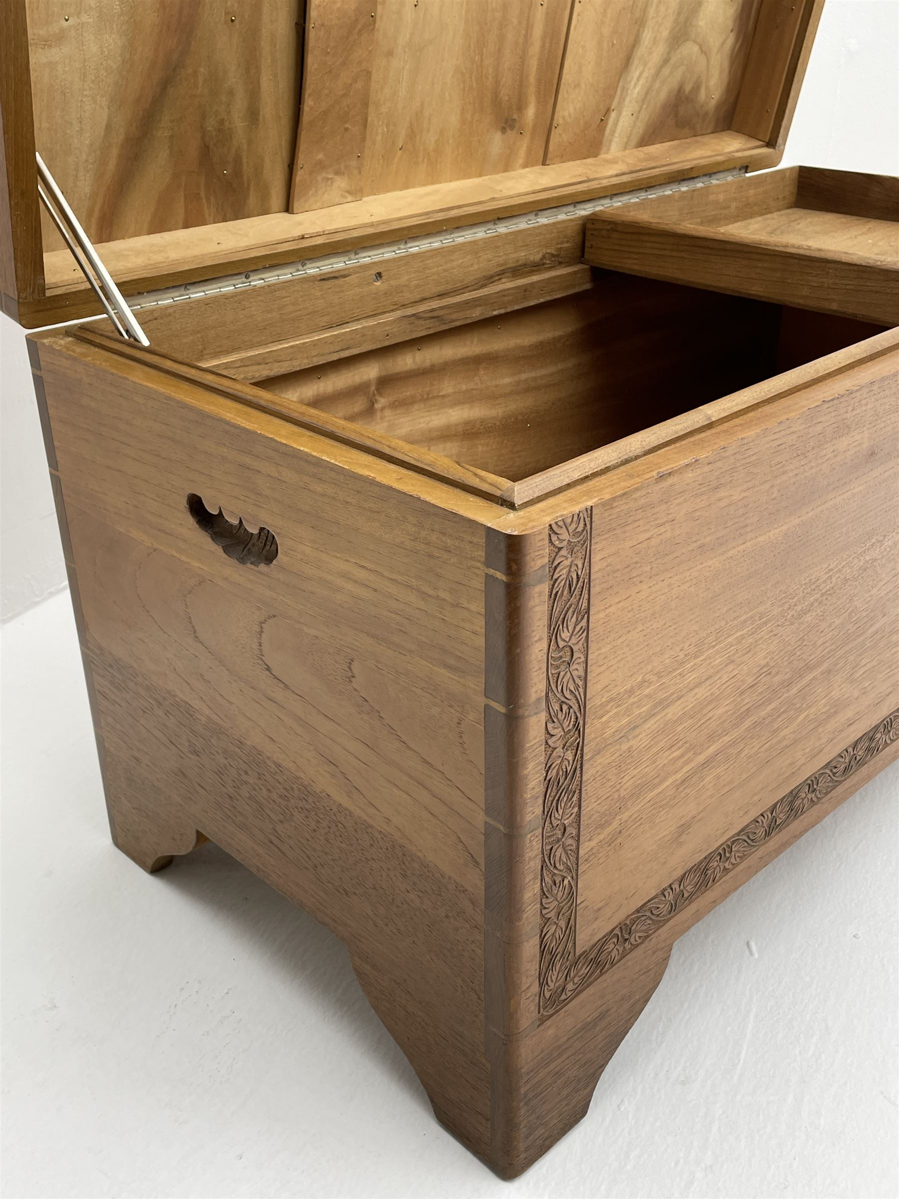 Late 20th Century camphor wood chest - Image 3 of 5