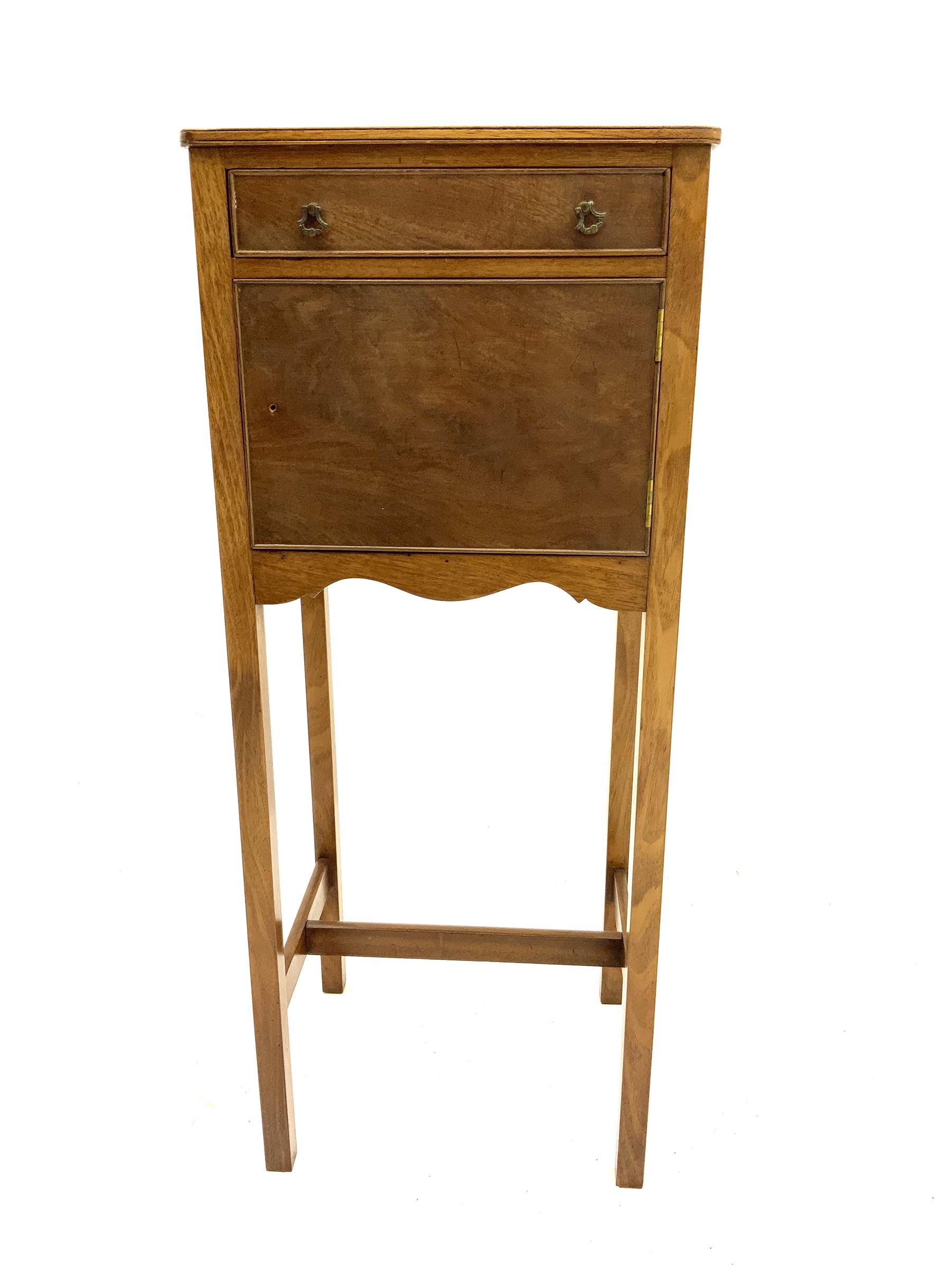 Early 20th century mahogany bedside pot cupboard - Image 2 of 3