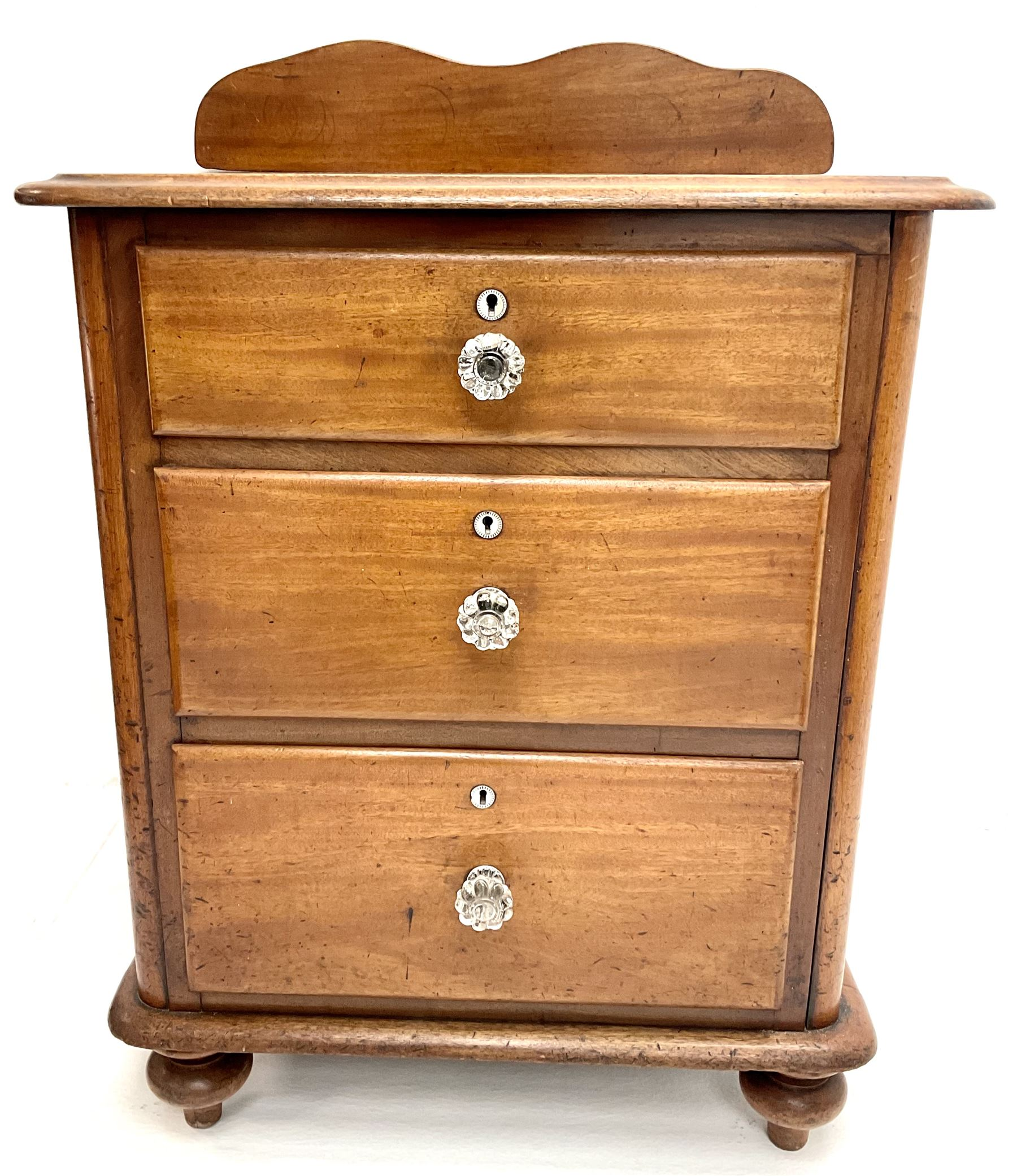 Victorian mahogany pedestal chest
