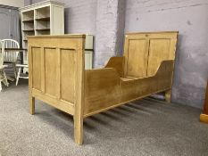 Early 20th century French polished pine 3� single bedstead