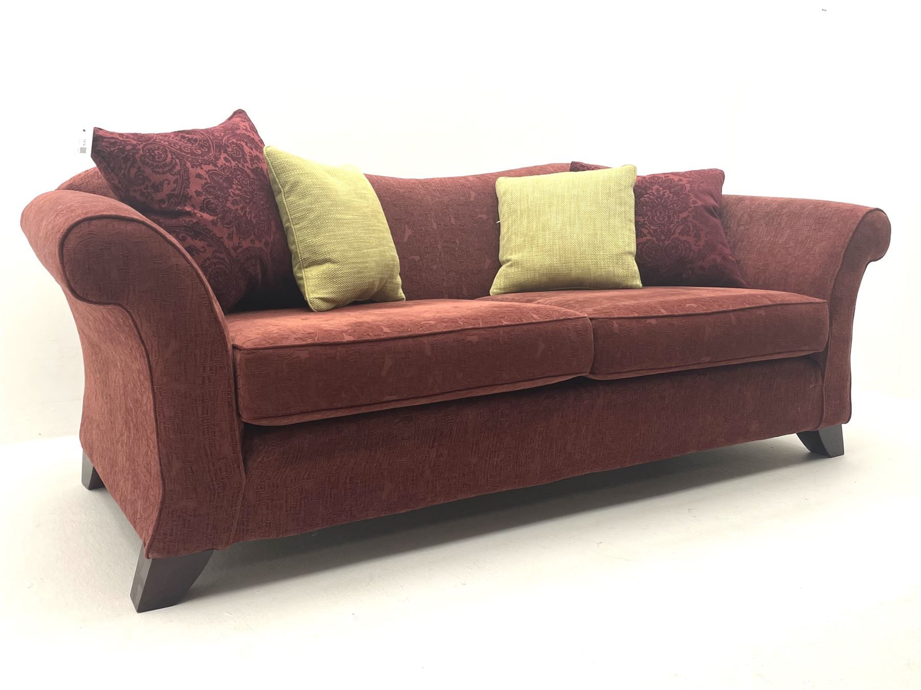 Multi-York - three seat sofa upholstered in red patterned fabric with contrasting feather scatter cu - Image 4 of 4
