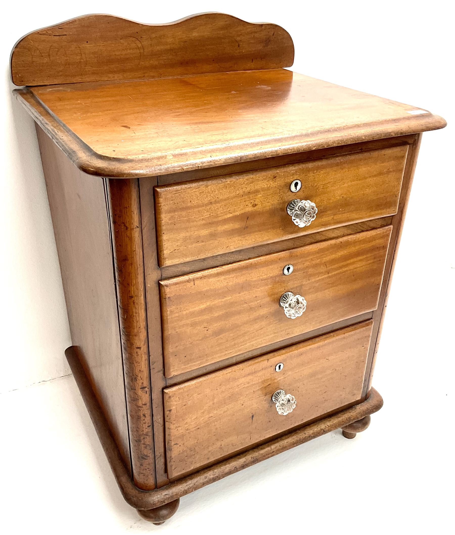 Victorian mahogany pedestal chest - Image 4 of 4