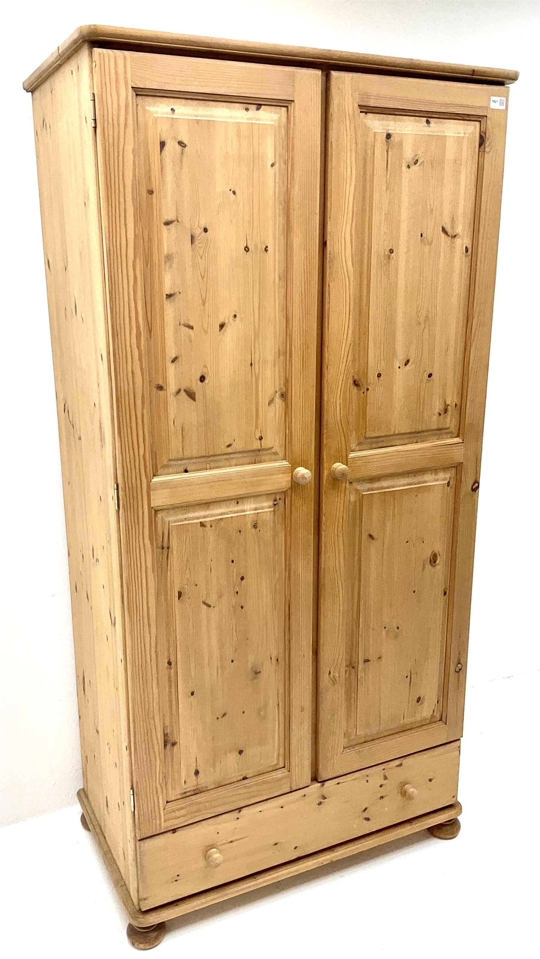 Solid pine double wardrobe - Image 3 of 5