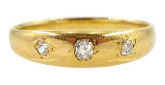 Early 20th century 18ctgold three stone old cut diamond gypsy set ring