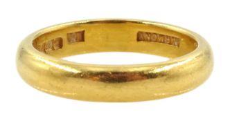 22ct gold wedding band
