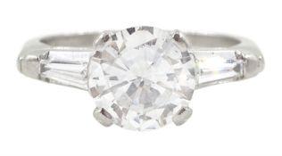 Platinum round brilliant cut single stone diamond ring