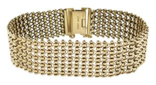 9ct gold fancy link bracelet