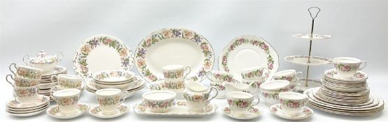 Paragon Country Lane pattern tea and dinner wares