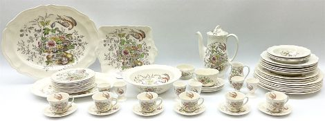 Royal Doulton Hampshire pattern tea and dinner wares