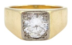 Gentleman's gold single stone round brilliant cut diamond ring