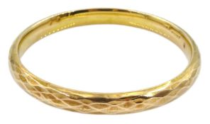 Early 20th century 9ct rose gold bangle