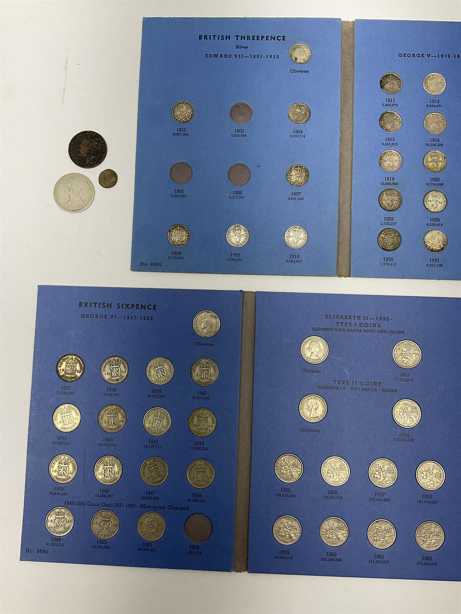 Coins including approximately 300 grams of pre 1947 Great British silver coins - Image 3 of 3