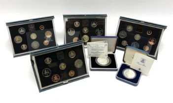 Five Royal Mint United Kingdom proof coin collections dated 1983
