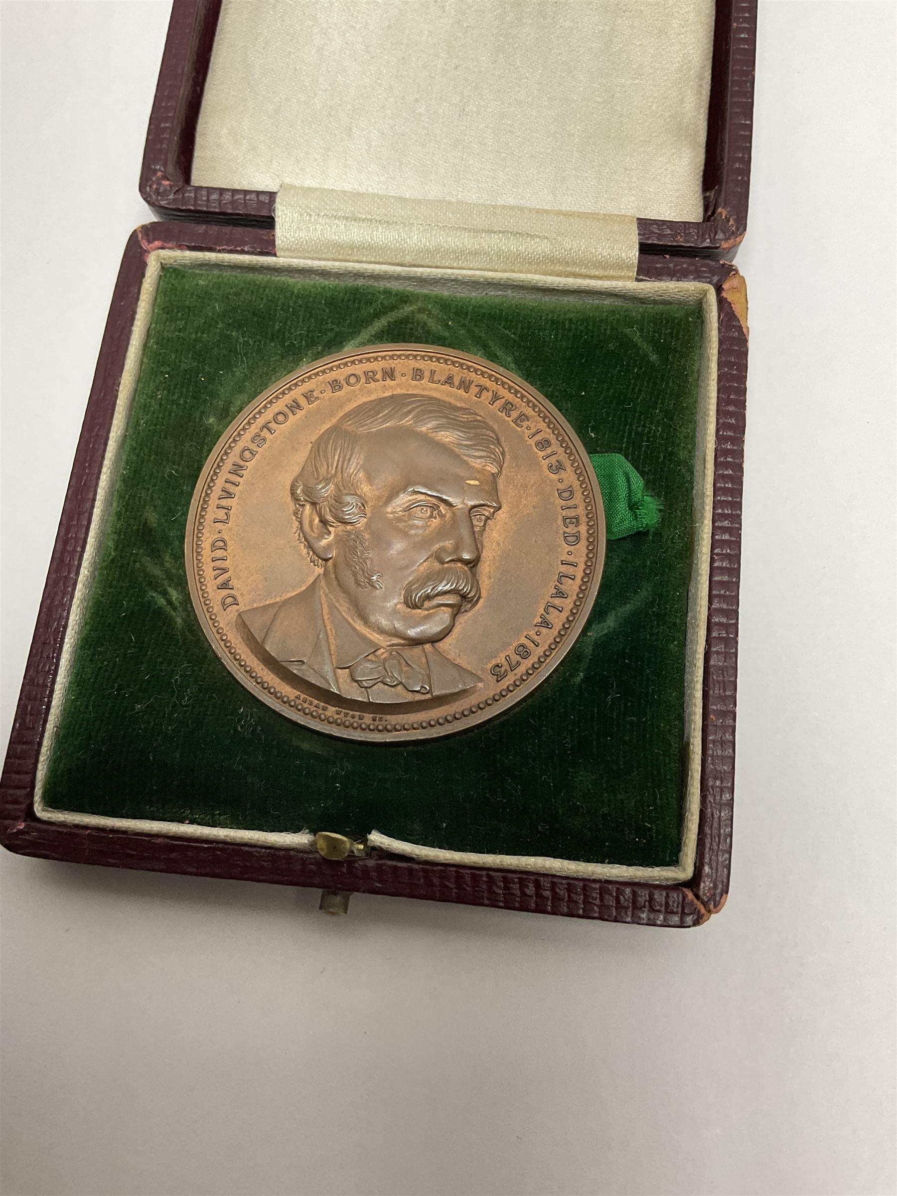 David Livingstone (1813-1873) commemorative medallion celebrating the Centenary of his birth - Image 2 of 4