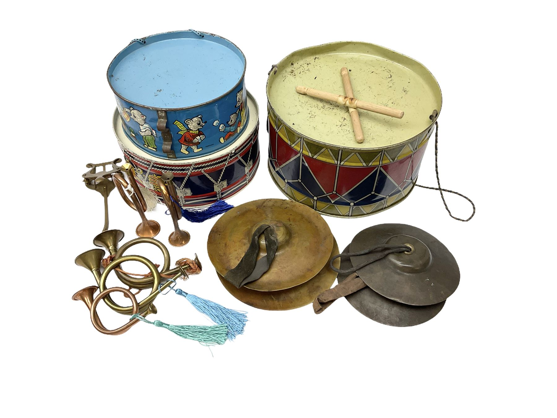 Vintage musical toys including three tin-plate drums by Chad Valley etc; two sets of cymbals; five m - Image 2 of 5