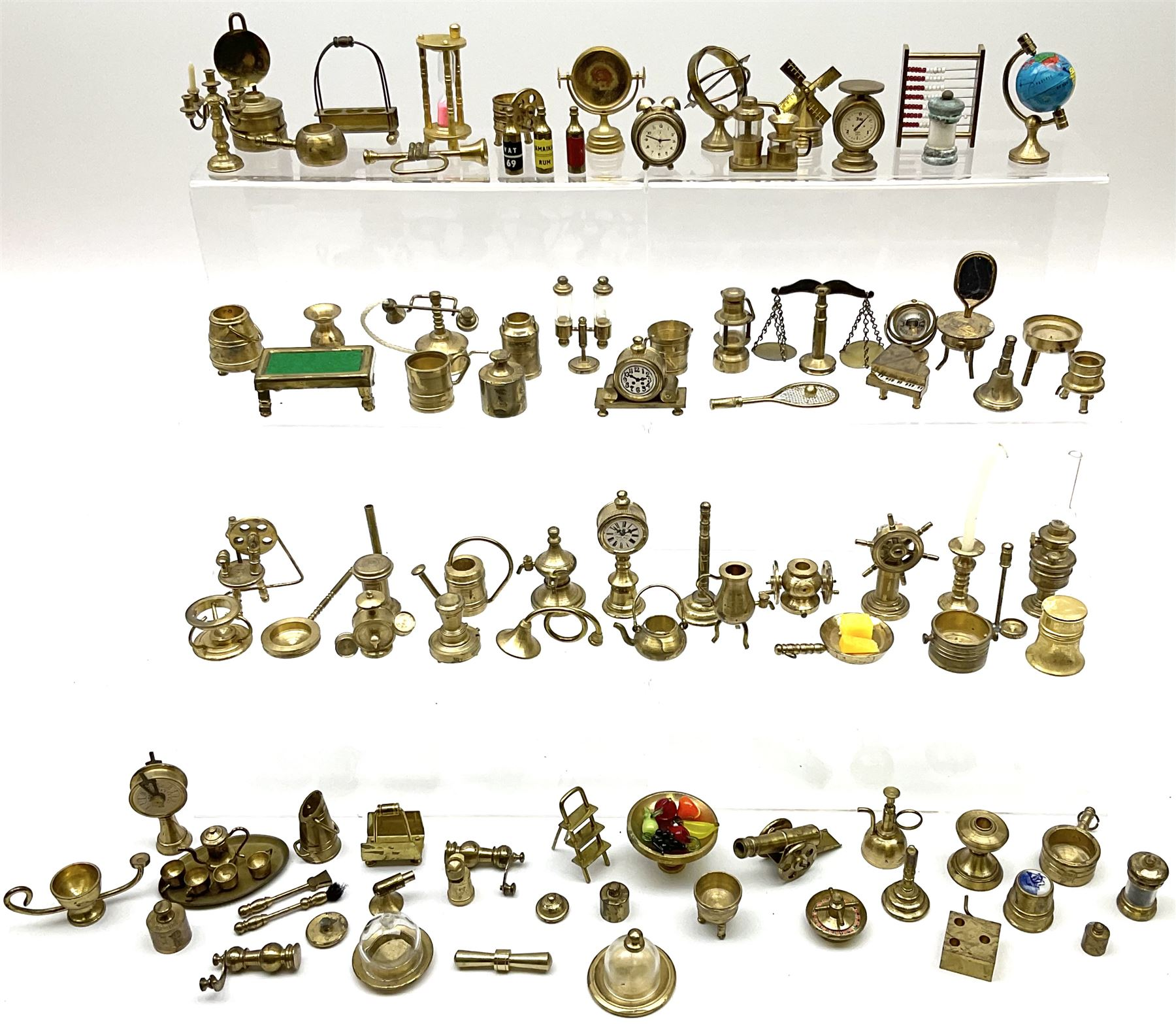 Over one-hundred various scale miniature brass ornaments suitable for decorating doll's houses inclu - Image 2 of 10