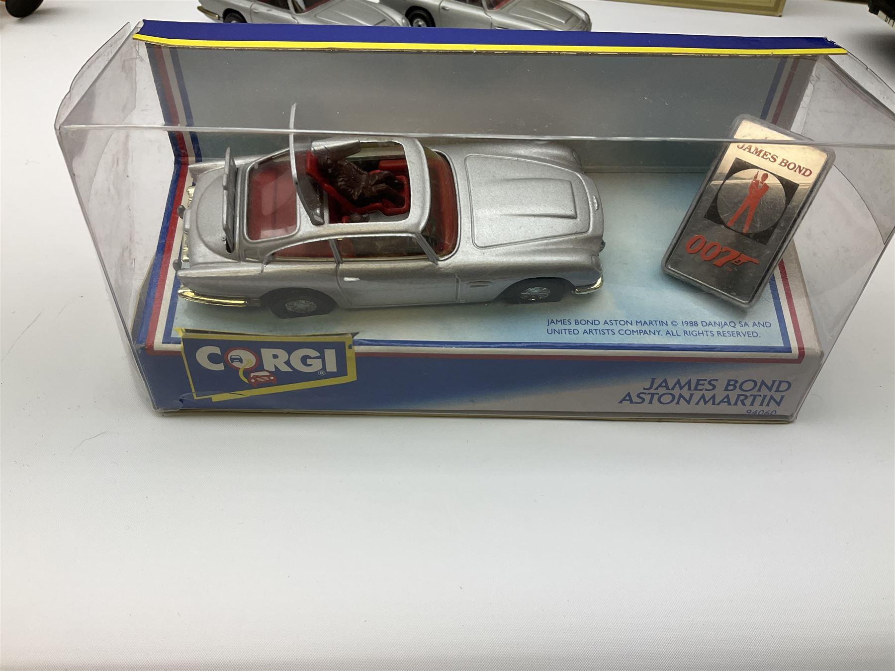 Corgi - 1991 James Bond Aston Martin No.94060 - Image 7 of 8