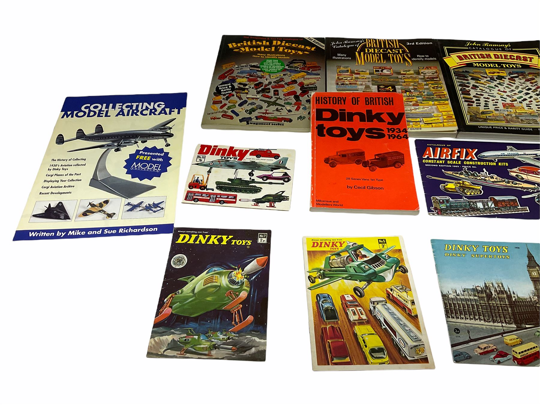 Dinky - five catalogues Nos.5 - Image 7 of 8