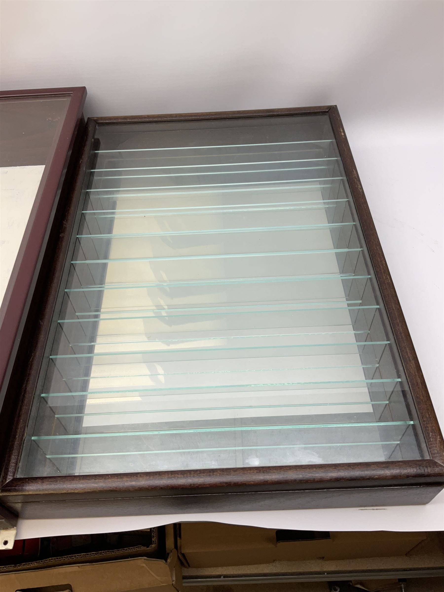 Die-cast model wall mounting display cabinet with mahogany finish and hinged glass door enclosing ei - Image 5 of 5