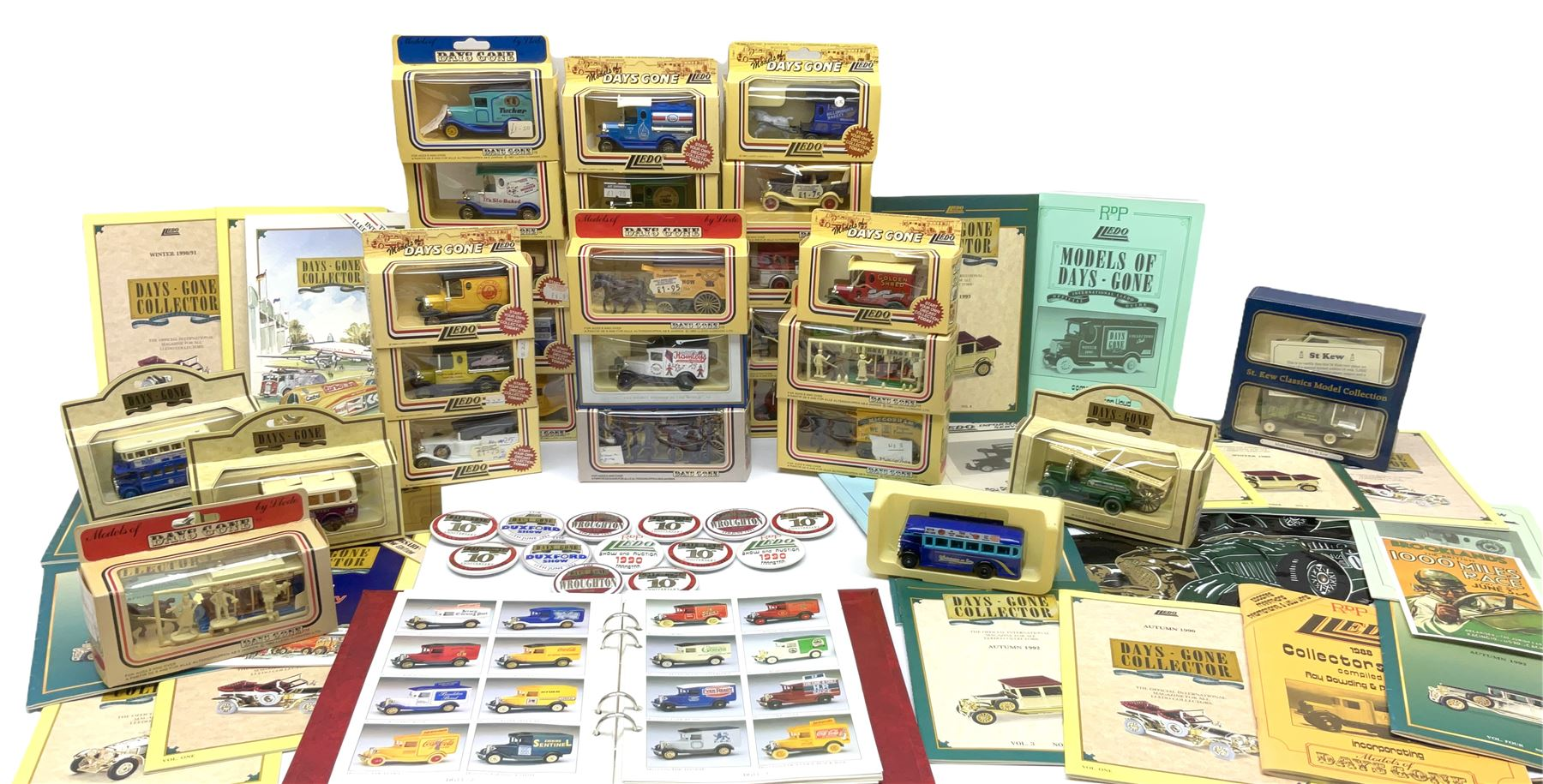 Thirty modern die-cast promotional and advertising models by Lledo; all boxed; together with quantit