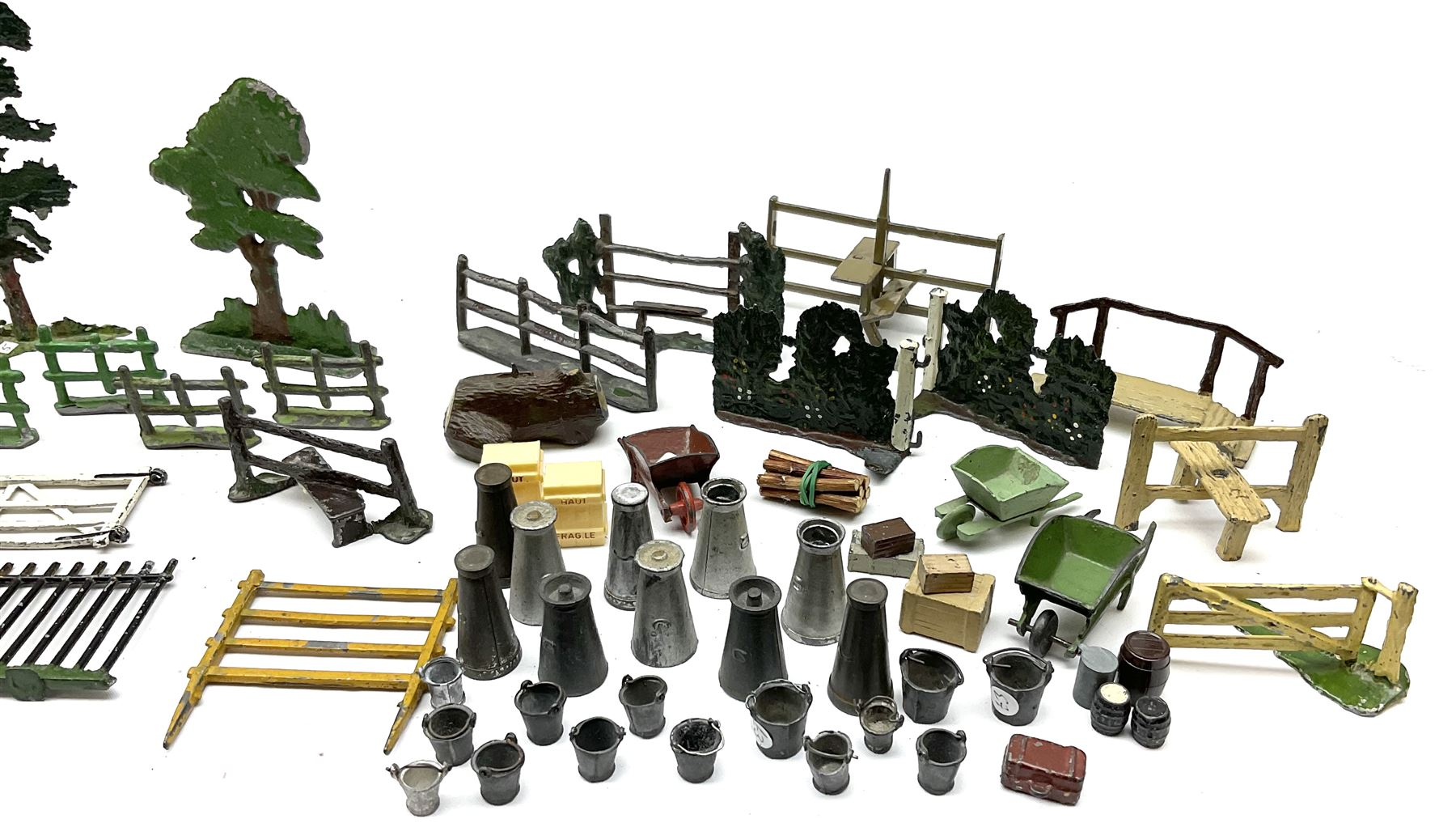 Various Makers - collection of lead/die-cast farm accessories including fences and gates - Image 5 of 8