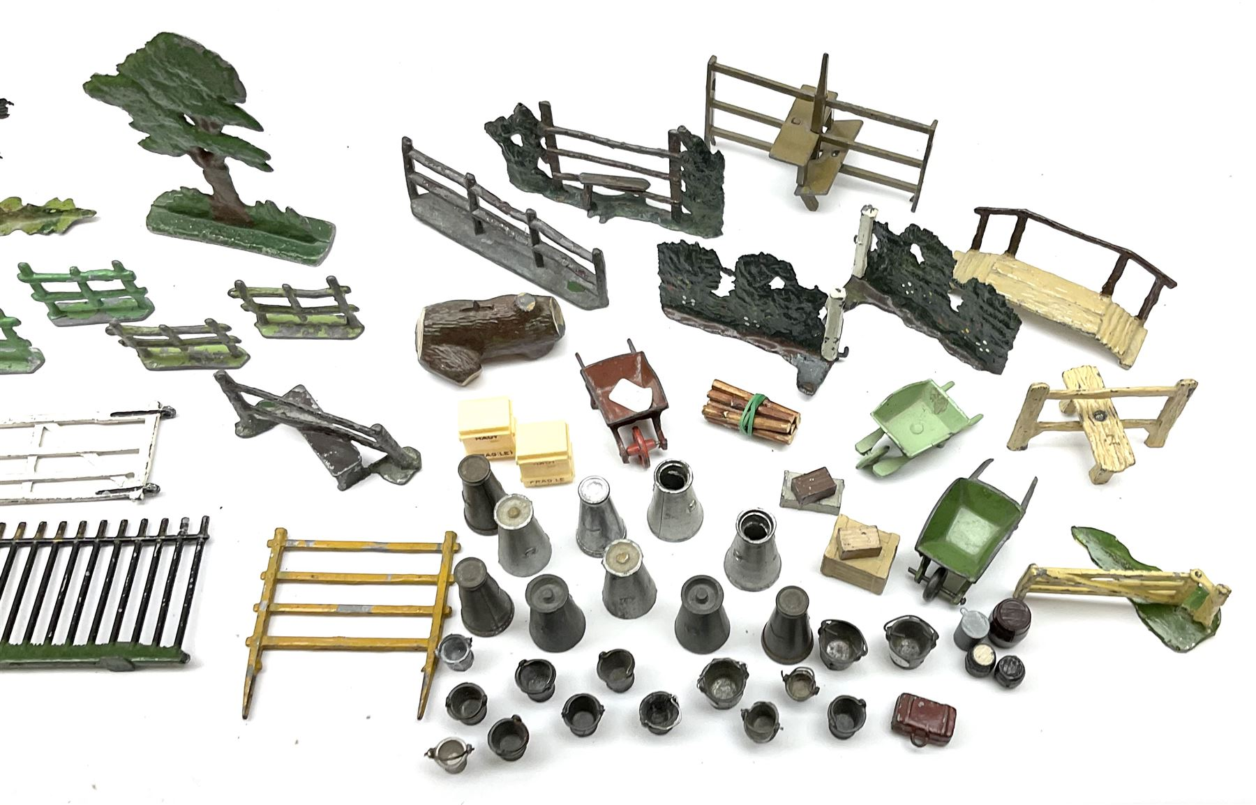 Various Makers - collection of lead/die-cast farm accessories including fences and gates - Image 6 of 8