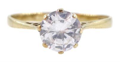 9ct gold single stone cubic zirconia ring