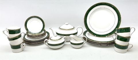 Spode Chardonnay pattern tea wares