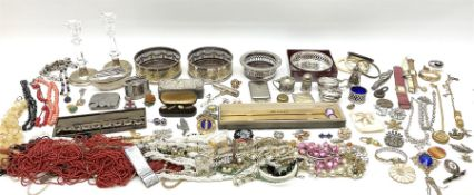 Group of vintage and later costume jewellery
