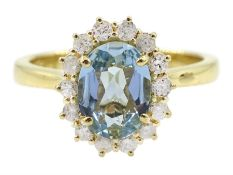 18ct gold oval aquamarine and diamond cluster ring