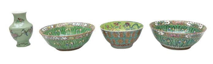 Pair mid 20th century Chinese Canton bowls
