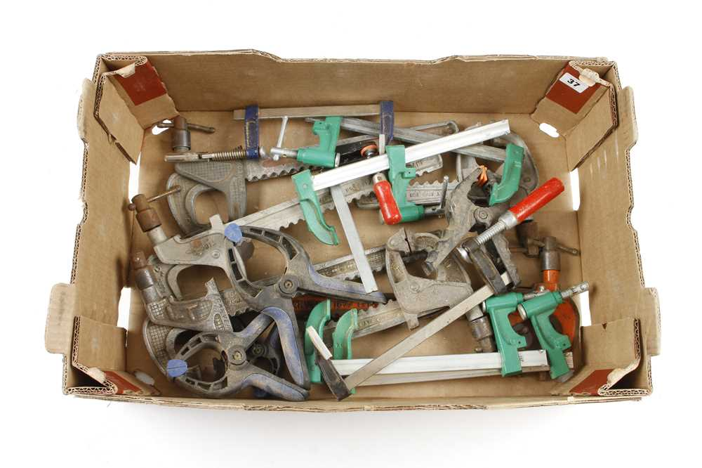 Six carver type clamps and 8 others G