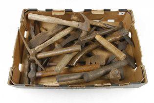 Quantity of hammer G