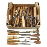 30 carving tools G