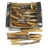 28 chisels and gouges G