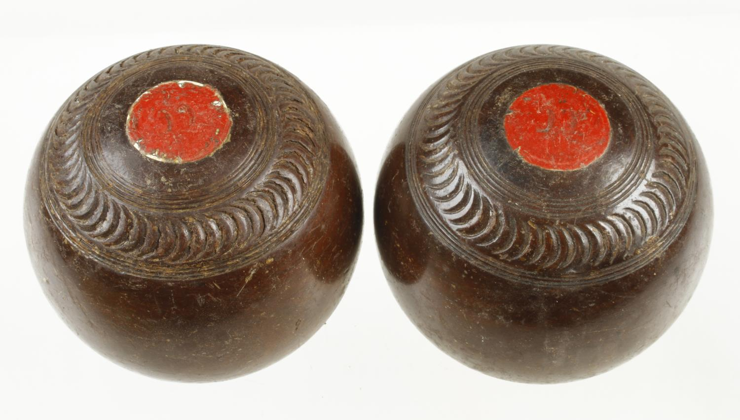 A set of 4 bowls with two jacks G - Image 2 of 3