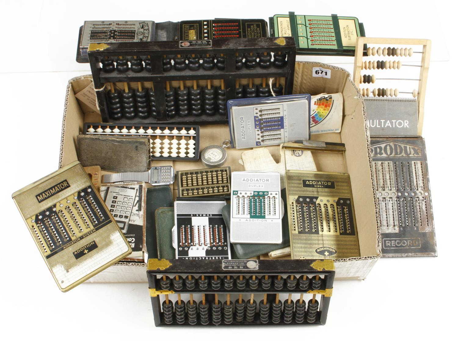 Quantity of abacus and addiators G