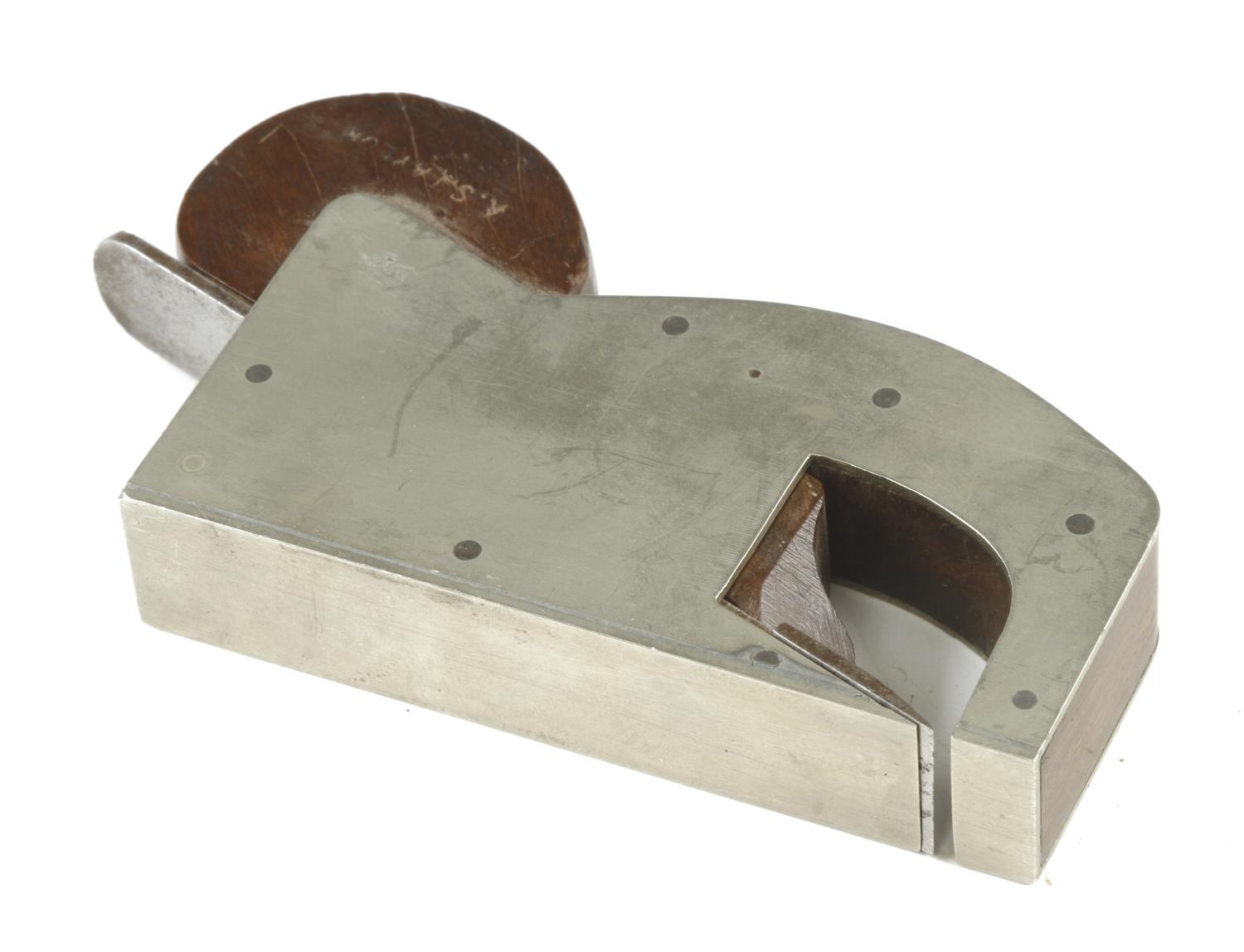 """A recent craftsman made gunmetal rebate plane 4"""" x 3/4"""" with teak infill and wedge G - Image 2 of 2"""