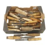 30 chisels and gouges G