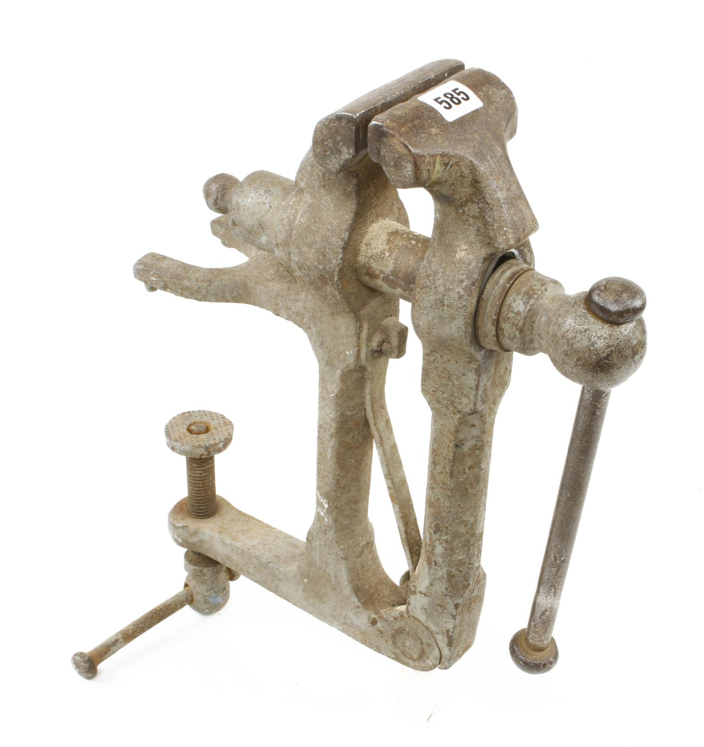 """A heavy duty field vice with 3 1/2"""" jaws G"""