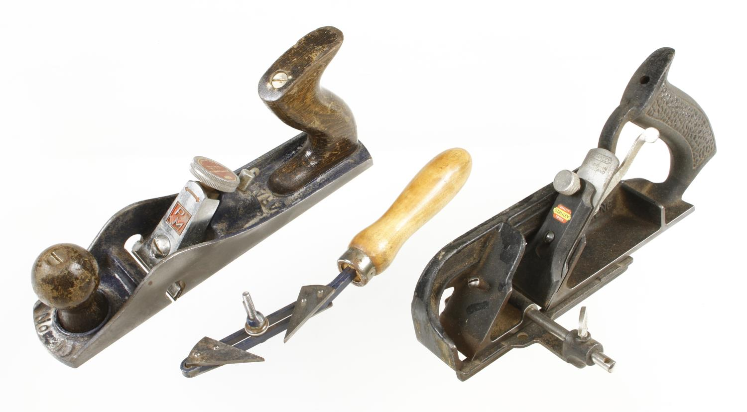 A STANLEY No 78, a PARAMO No 10 and an unused stringing and grooving tool by TECTOOL complete in