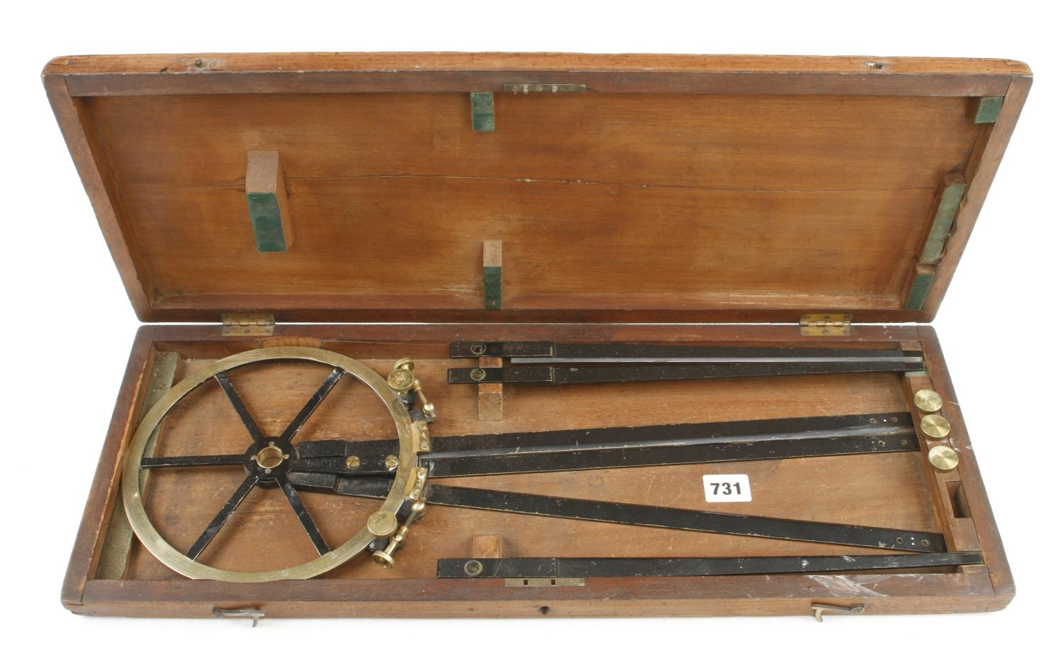 A lacquered brass course indicator by CARY London No R199 with extensions in orig box G+