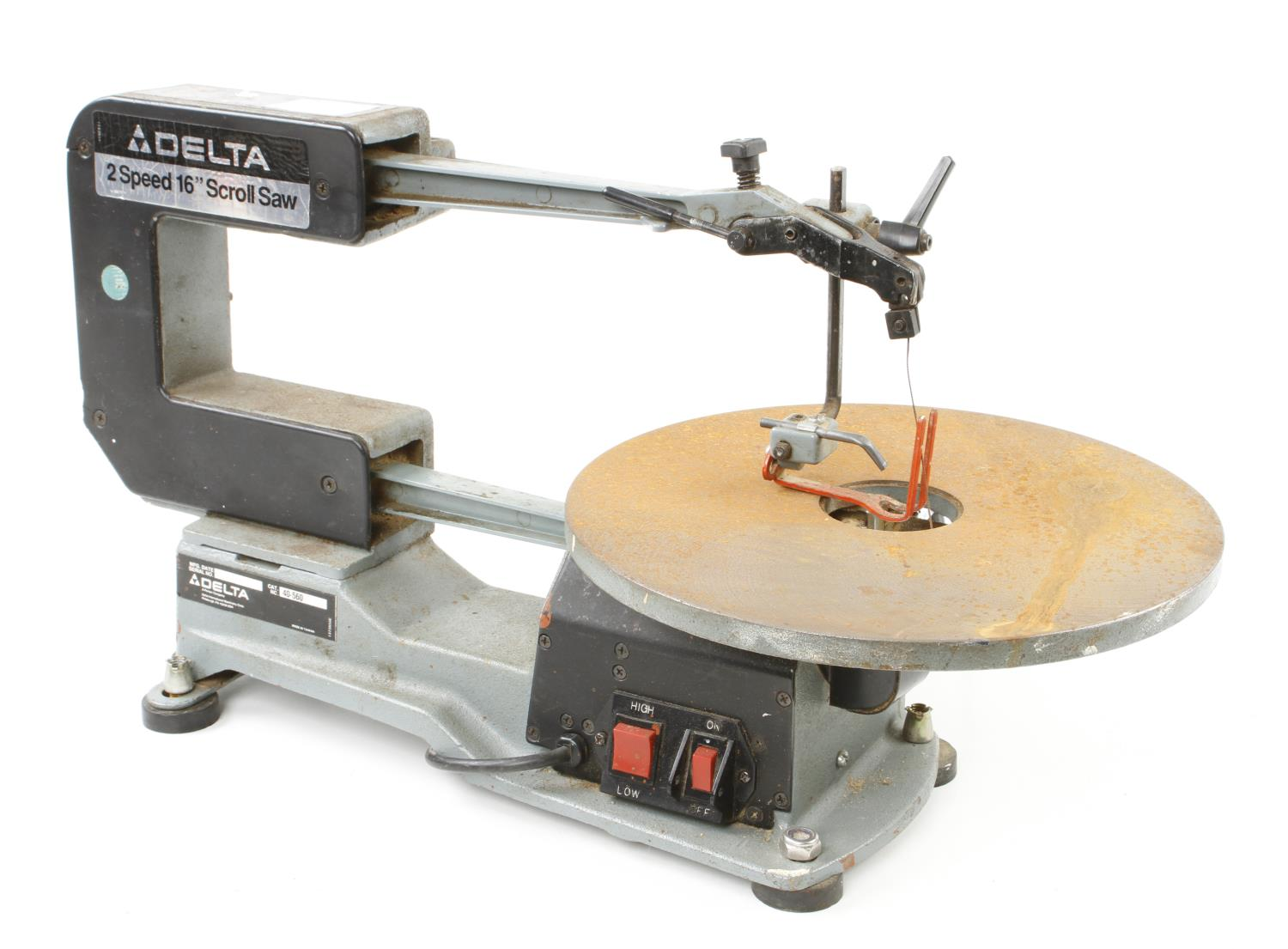 """A DELTA 16"""" two speed scroll saw a little light rust to table Pat tested G"""