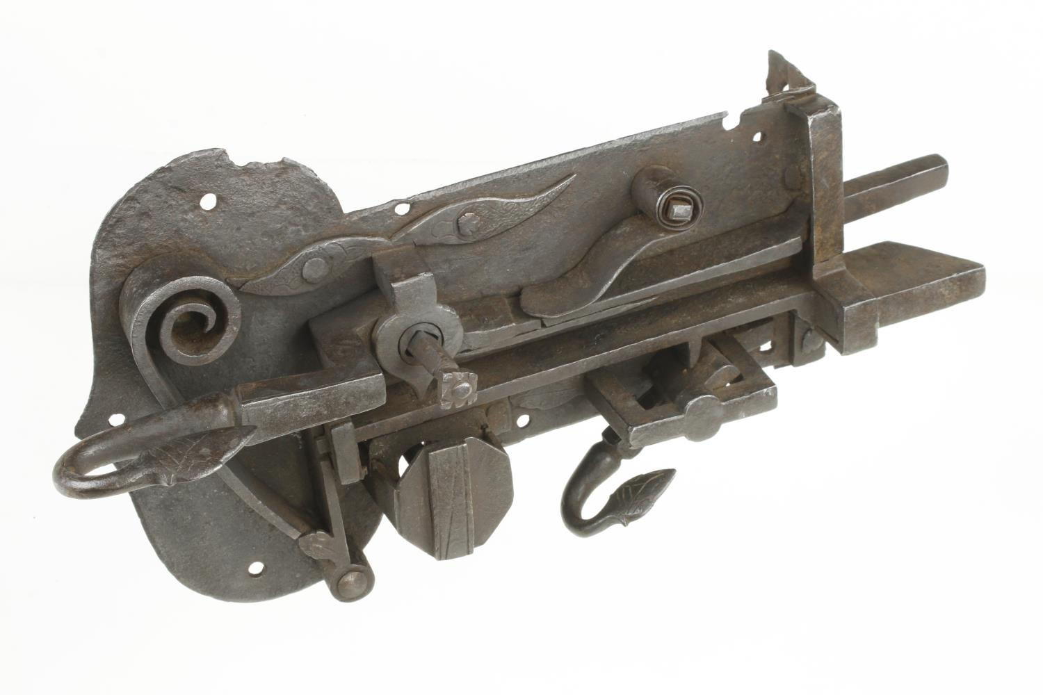 """A 17c iron cabinet or door lock 12"""" x 7"""" museum quality G - Image 2 of 4"""