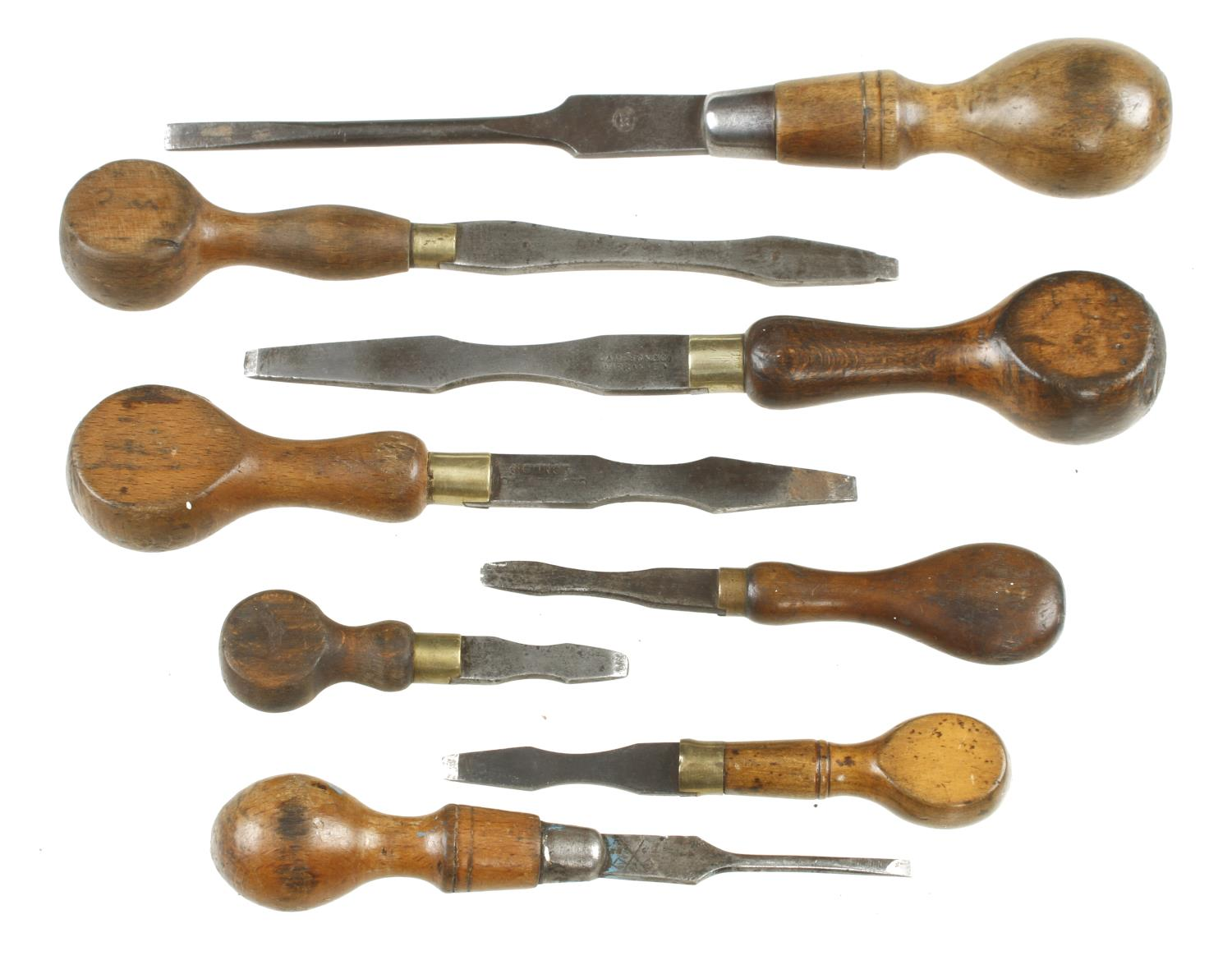 """Eight screwdrivers 4"""" to 11"""" G"""