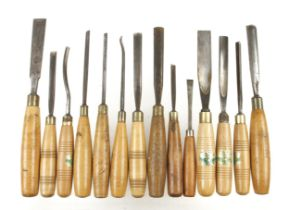 30 carving tools G+