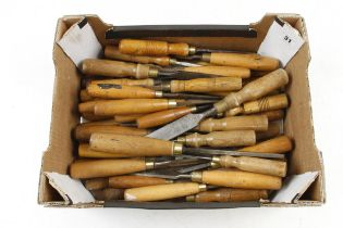 50 chisels and gouges G